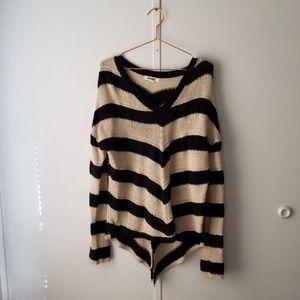 BB Dakota Boutique Sweater